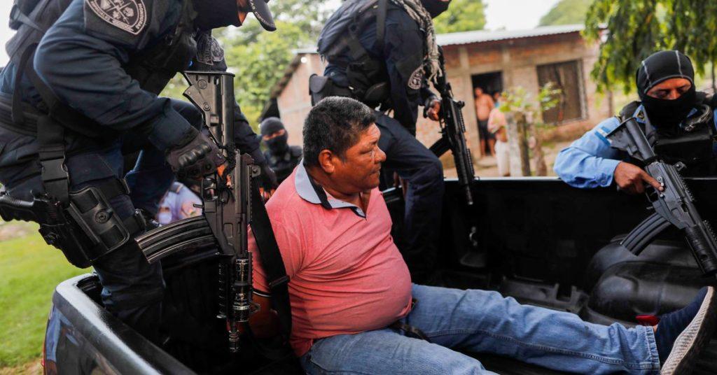 Die honduranische Polizei verhaftet fünf nach 600 italienischen Lynchmorden