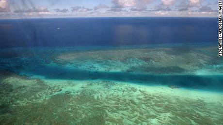 Ein Riff in der Nähe der Insel Thitu auf den umstrittenen Spratly-Inseln am 21. April 2017.