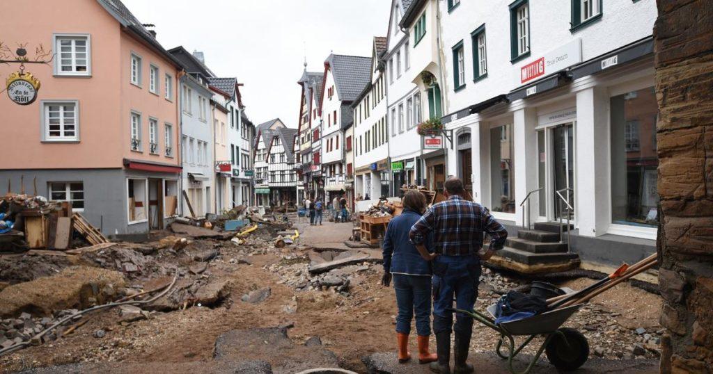 Überschwemmungen töten mehr als 125 nach Rekordniederschlägen in Westeuropa