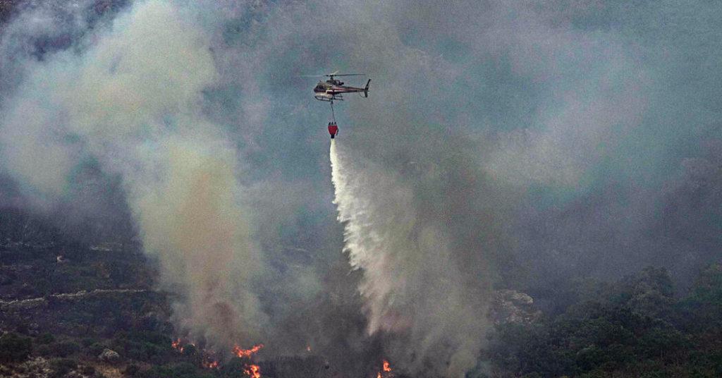 """Waldbrände verwüsten Italiens Region Sardinien in einer """"beispiellosen Katastrophe"""""""