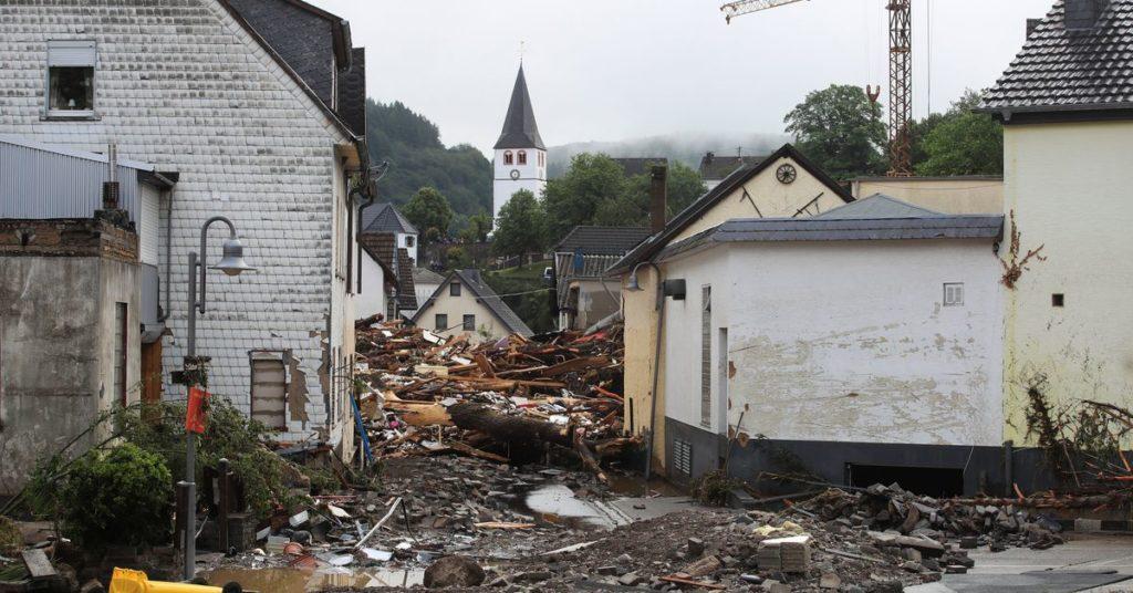 Zahl der Todesopfer bei Überschwemmungen in Deutschland auf 11 gestiegen, Dutzende vermisst