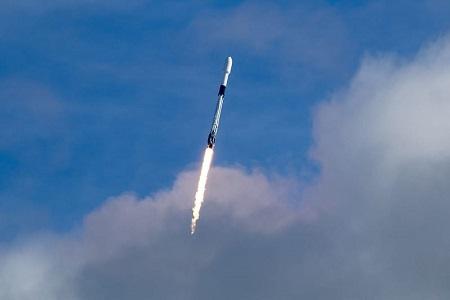 AST SpaceMobile startet Demonstrationssatelliten mit SpaceX