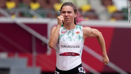 Kristina Timanovskaya aus Weißrussland tritt am 30. Juli bei den Olympischen Spielen in Tokio über 100 Meter der Frauen an.