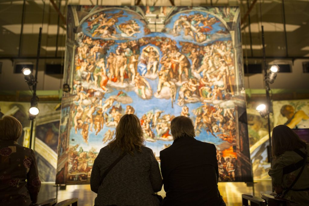 Die Sixtinische Kapelle (Erlebnis) kommt in eine Stadt in Ihrer Nähe, damit Sie Michelangelos Werk aus der Nähe sehen können (oder, äh, Bilder)
