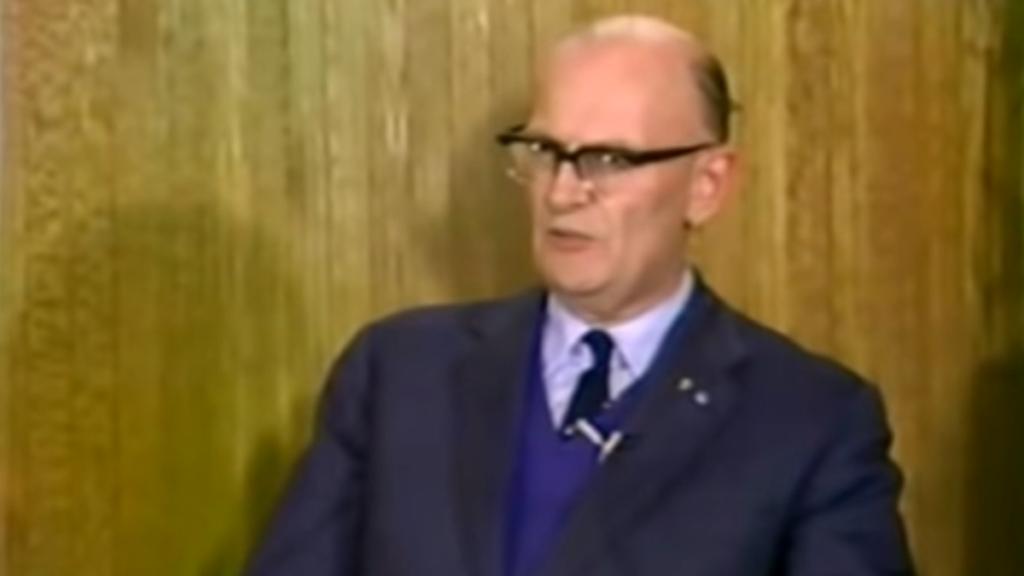 Der Autor der Space Odyssey, Arthur C. Clarke, sagt in einem Interview von 1976 moderne Technologien voraus