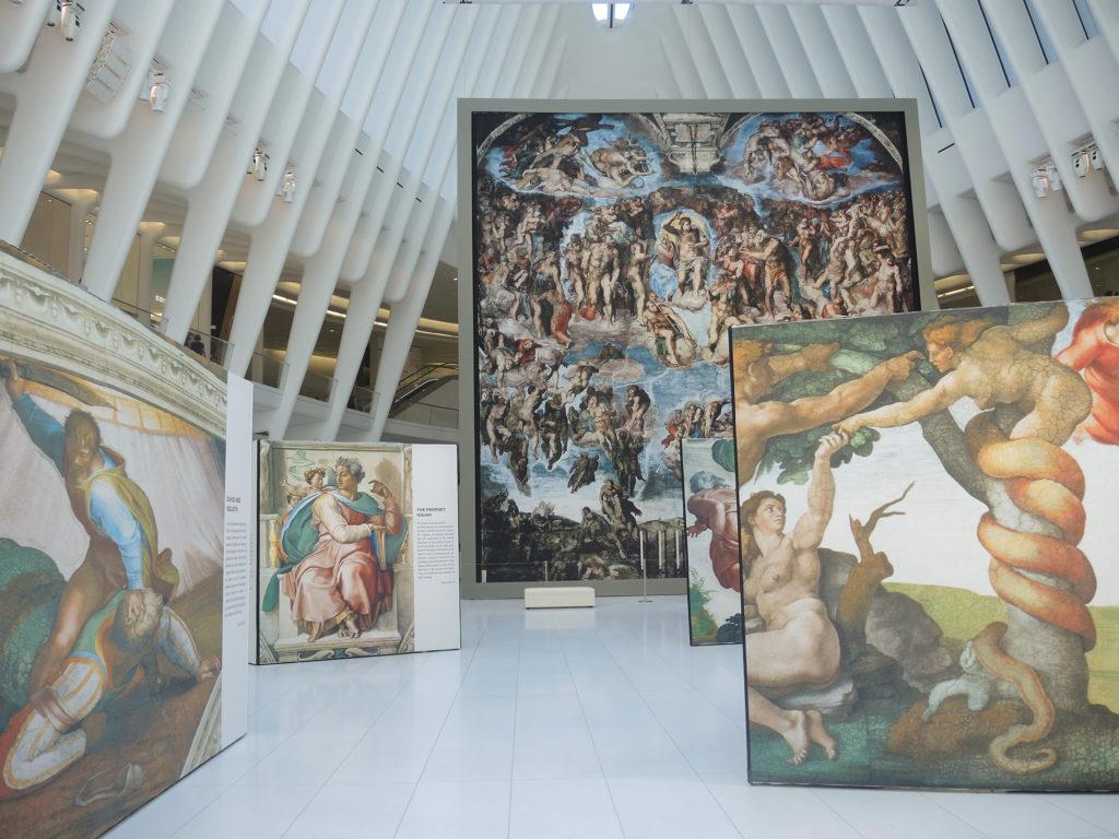 """""""Ganz nah: Michelangelos Sixtinische Kapelle"""" im Westfield World Trade Center Oculus.  Mit freundlicher Genehmigung von Sarah Cascone."""