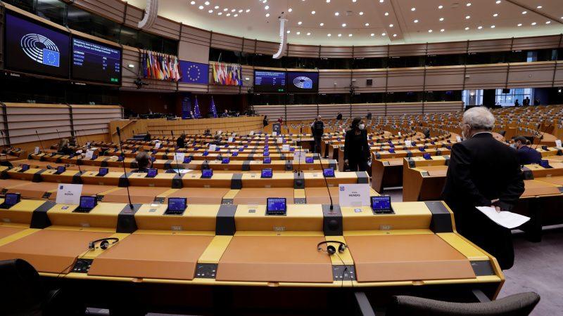 Europäisches Parlament schließt sich dem Kampf an, um Arbeitnehmer zur Mitbestimmung zu bewegen - EURACTIV.com