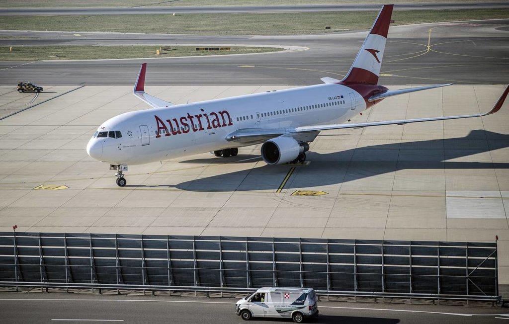 Russland räumt Austrian Airlines unter Umgehung von Weißrussland nach Moskau frei - Business & Economy