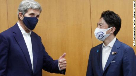 Kerry warnt davor, dass die Zeit für die Dekarbonisierung der Länder abläuft, und fordert China auf, sich von der Kohle abzuwenden