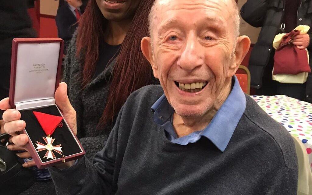 """Eric Sanders, """"inspirierender"""" jüdischer Flüchtling, der vor den Nazis geflohen ist, stirbt im Alter von 101"""""""