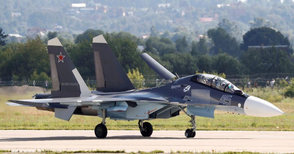 Russland verlegt Suchoi Su-30-Kampfjets nach Weißrussland, um die Grenzen zu patrouillieren, sagt Minsk