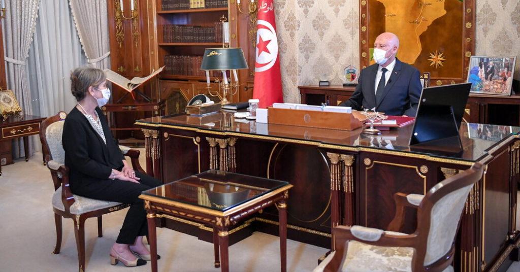 Tunesischer Präsident ernennt Premierminister inmitten von Protesten gegen die Machtübernahme