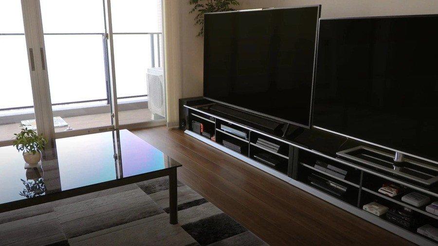 Ein Foto von Sakurais Setup im Jahr 2020. Stellen Sie es sich jetzt mit einer PS5 vor ...