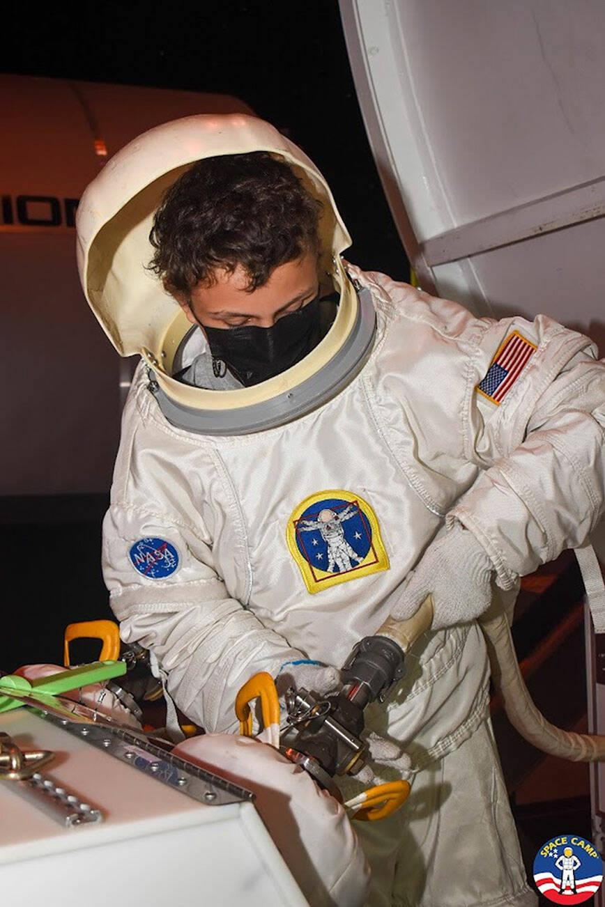 VHS-Student geht ins Weltraumcamp