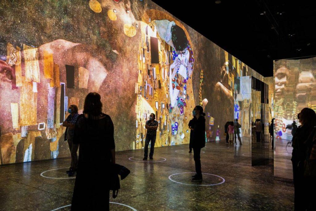 Der Goldkünstler Gustav Klimt erhält eine beeindruckende Ausstellung von Torontos Lighthouse Immersive