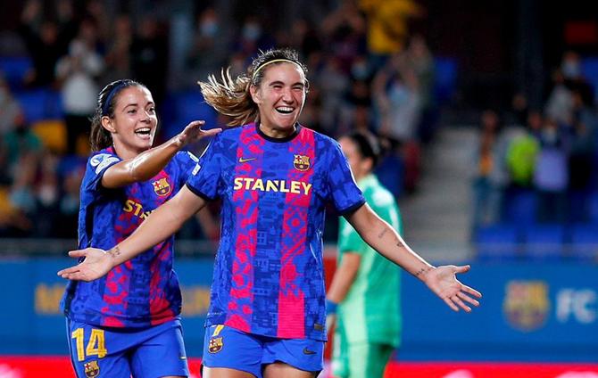 Der verteidigende Verteidiger von Barcelona startet siegreich in die Women's Champions League