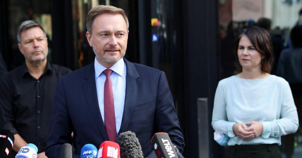 Die deutsche SPD will Dreier-Koalitionsgespräche, aber potenzielle Partner warten