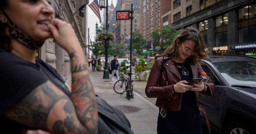 Nutzer wenden sich nach dem Absturz von Facebook an Twitter