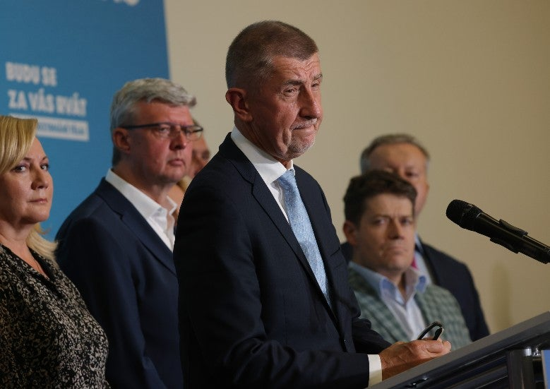 Tschechische Opposition besiegt Premierminister bei Wahlen